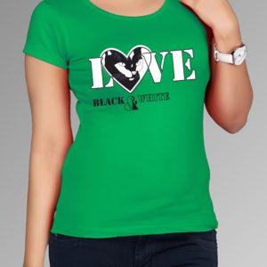 zelené triko s potiskem
